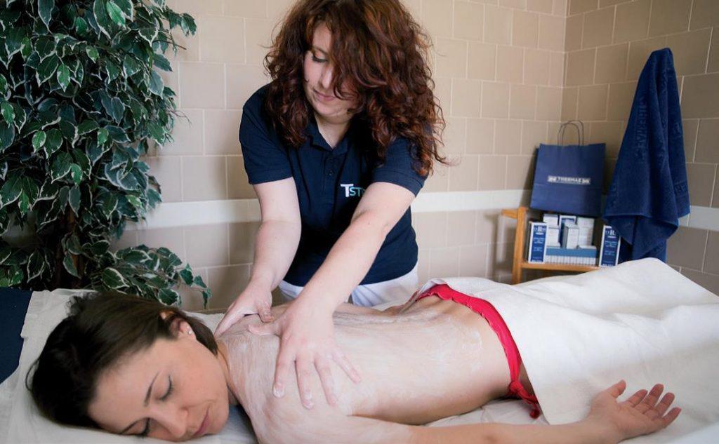 Massaggio terapeutico alle Terme di Salsomaggiore