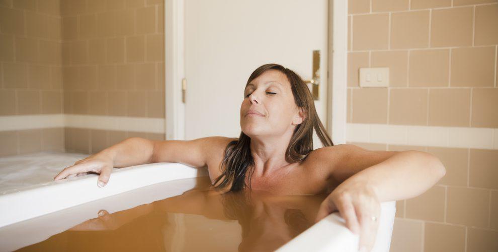 Bagno termale per prevenire i disturbi vascolari alle Terme di Salsomaggiore